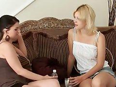 Blonde, Lesbian